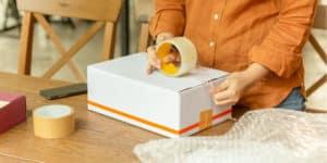 embalar cajas de cartón