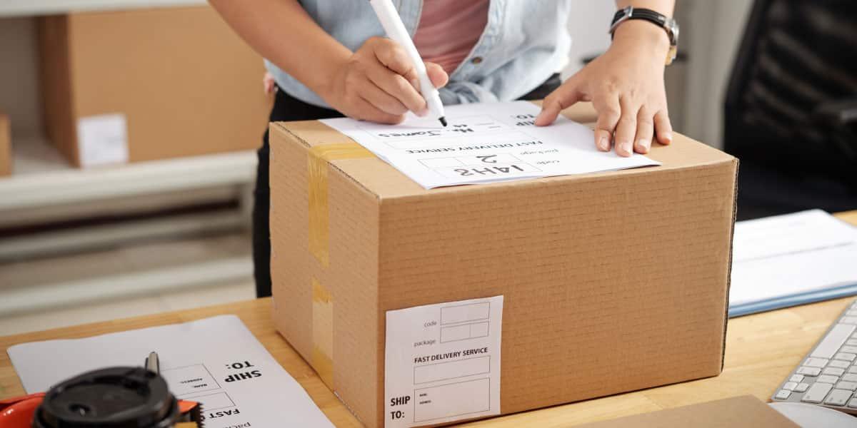 marcar o etiquetar el envío