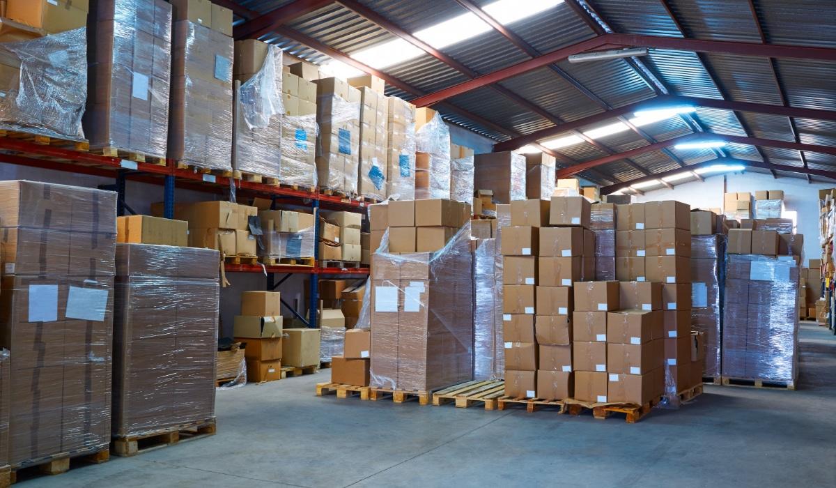 bodega de almacenamiento de mercancias
